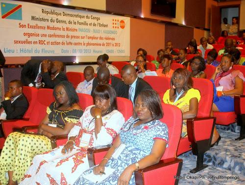 Des participantes à la conférence de presse sur des violences sexuelles commises en RDC le 09/10/2013 à Kinshasa. Radio Okapi/Ph. John Bompengo